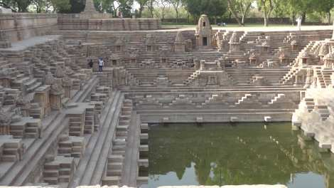 00 Sun Temple and Stepwell Bhuj 5 16 (4)rs